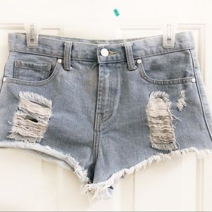Forever 21 Distressed shorts Sz 26